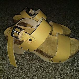 Mustard Leather Latigo Sandals
